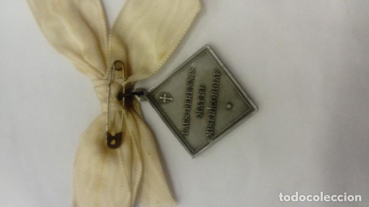 Antigüedades: Medalla de la Virgen del Pilar Laus Perennis - Foto 2 - 112894431