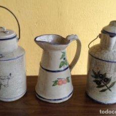 Antigüedades: LOTE DE TRES CERÁMICAS ARTESANALES PRECIOSAS Y MUY BIEN CONSERVADAS. AGUAMANIL, LECHERA Y ACEITERA. . Lote 112986879