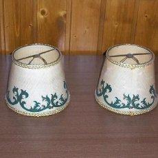 Antigüedades: 2 PANTALLAS PEQUEÑAS DE PINZA PARA LAMPARA.. Lote 113035587
