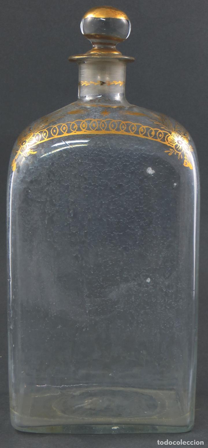 Antigüedades: Botella garrafa licorera cristal soplado y pintada en oro La Granja siglo XIX - Foto 3 - 113073007