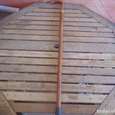 Antigüedades: ANTIGUO BASTON CON MANGO DE MADERA ESTOQUE Y CUERPO DE CAÑA. Lote 113074367