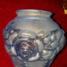 Antigüedades: PRECIOSA ANTIGUA TULIPA LAMPARA CRISTAL MORADO CON FLORES. Lote 113114584