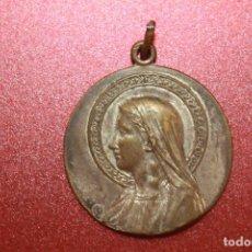 Antigüedades: MEDALLA MARIA, BRONCE, 3 CM DE DIÁMETRO. Lote 113155339