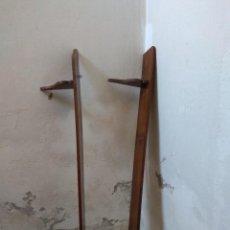 Antigüedades: 2 REPISAS DE MADERA HORIZONTALES PARA PARED.. Lote 113174563