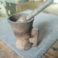 Antigüedades: ANTIGUO MORTERO DE MADERA. Lote 113179290