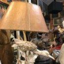Antigüedades: GRAN LAMPARA CON PAJARO DE LOZA. Lote 113187771