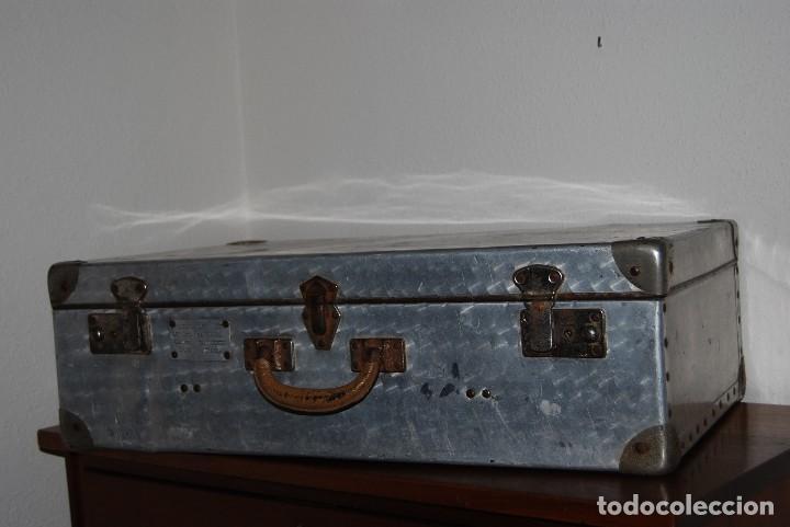 Antigüedades: ORIGINAL MALETA DE METAL - FRANCIA - AÑOS 40 - Foto 2 - 113224447