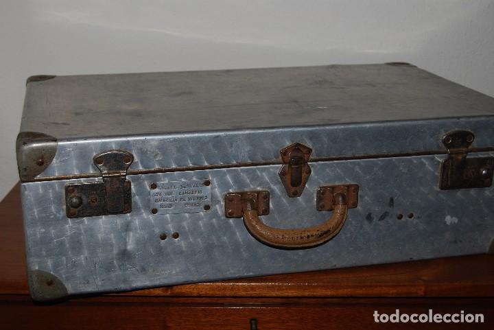 Antigüedades: ORIGINAL MALETA DE METAL - FRANCIA - AÑOS 40 - Foto 3 - 113224447