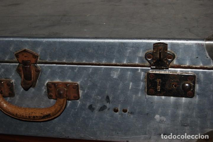 Antigüedades: ORIGINAL MALETA DE METAL - FRANCIA - AÑOS 40 - Foto 12 - 113224447