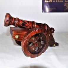 Antigüedades: ANTIGUO CAÑÓN EN MADERA. Lote 107311899