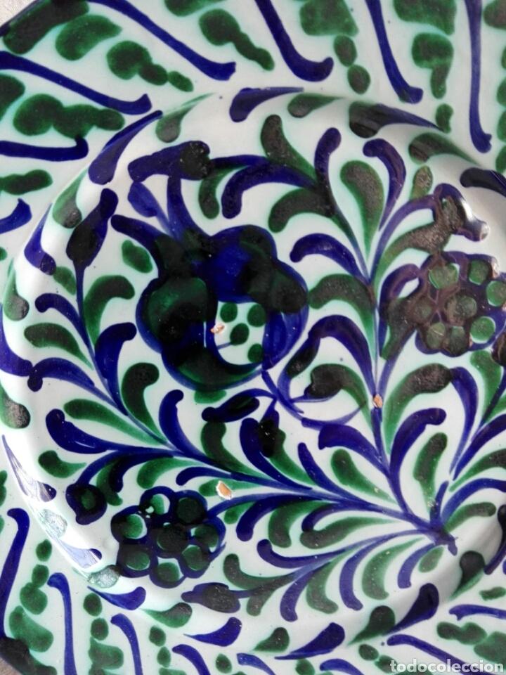 Antigüedades: Plato precioso de cerámica Granada granadina Fajalauza 25,5 cm - Foto 2 - 113268447