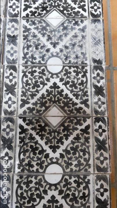 Antigüedades: lote-panel de 22 azulejos Mensaque Rodríguez, Triana,1900 - Foto 2 - 113274967