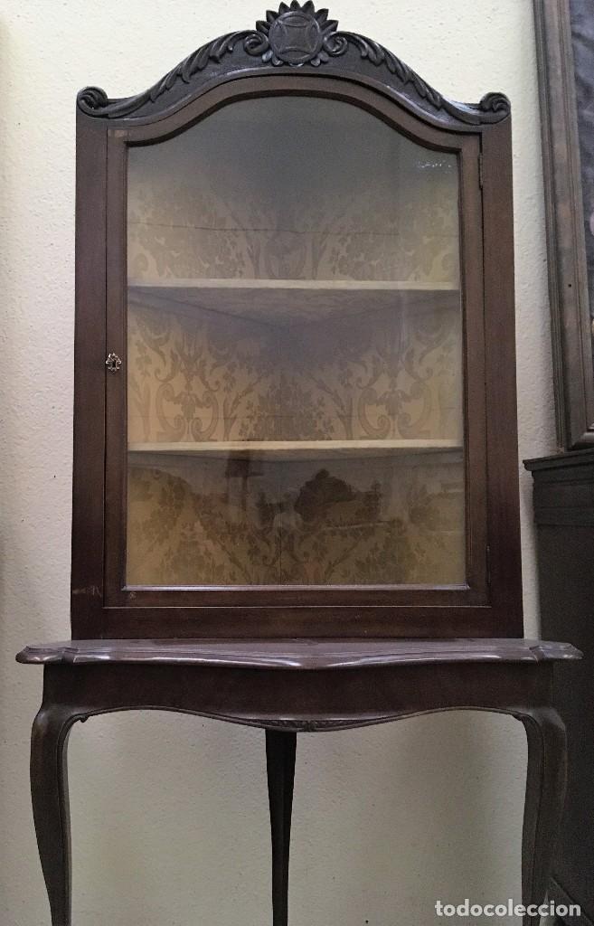 VITRINA ESQUINERO PRINCIPIOS S.XX (Antigüedades - Muebles Antiguos - Vitrinas Antiguos)