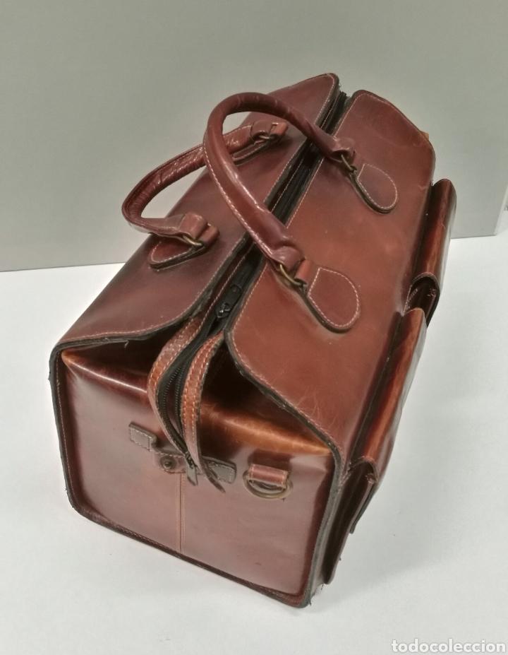 Antigüedades: Precioso bolso vintage, tipo maletín de médico - Foto 2 - 113309290