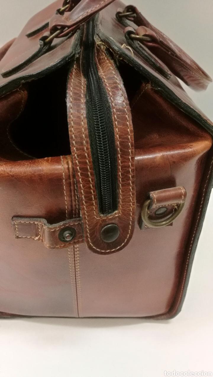 Antigüedades: Precioso bolso vintage, tipo maletín de médico - Foto 5 - 113309290