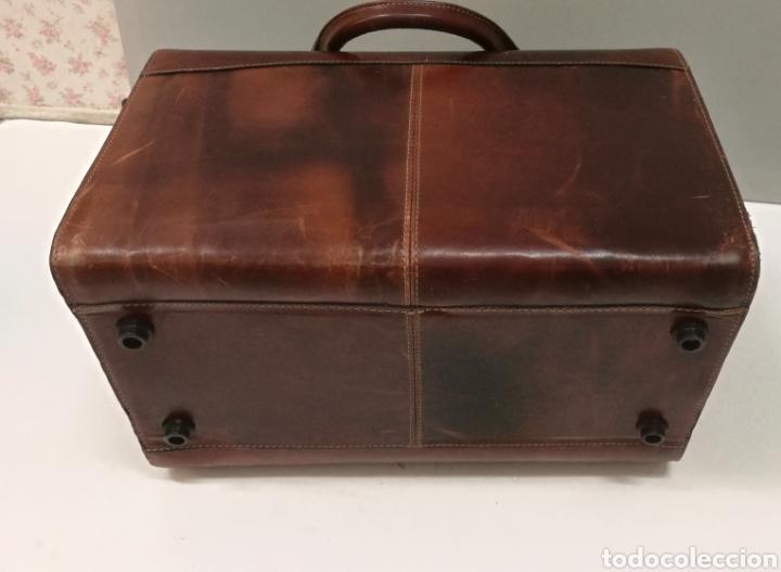 Antigüedades: Precioso bolso vintage, tipo maletín de médico - Foto 10 - 113309290