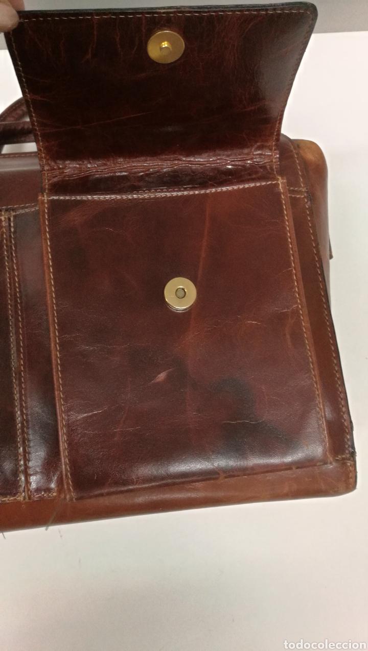 Antigüedades: Precioso bolso vintage, tipo maletín de médico - Foto 11 - 113309290