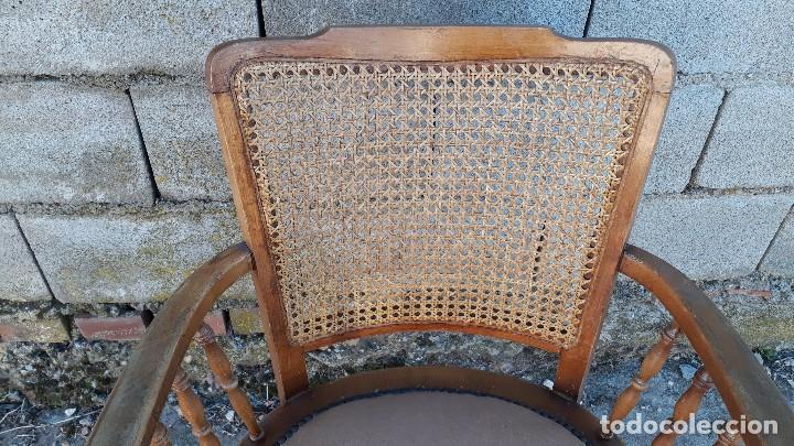 Antigüedades: Sillón antiguo de rejilla estilo rústico provenzal, silla antigua estilo Luis XV - Foto 6 - 113327967