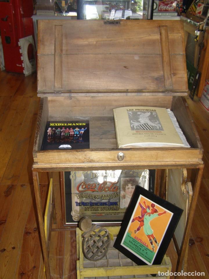 Antigüedades: Mueble auxiliar de roble con cerradura y llave. Antiguo comercio. - Foto 7 - 113390319