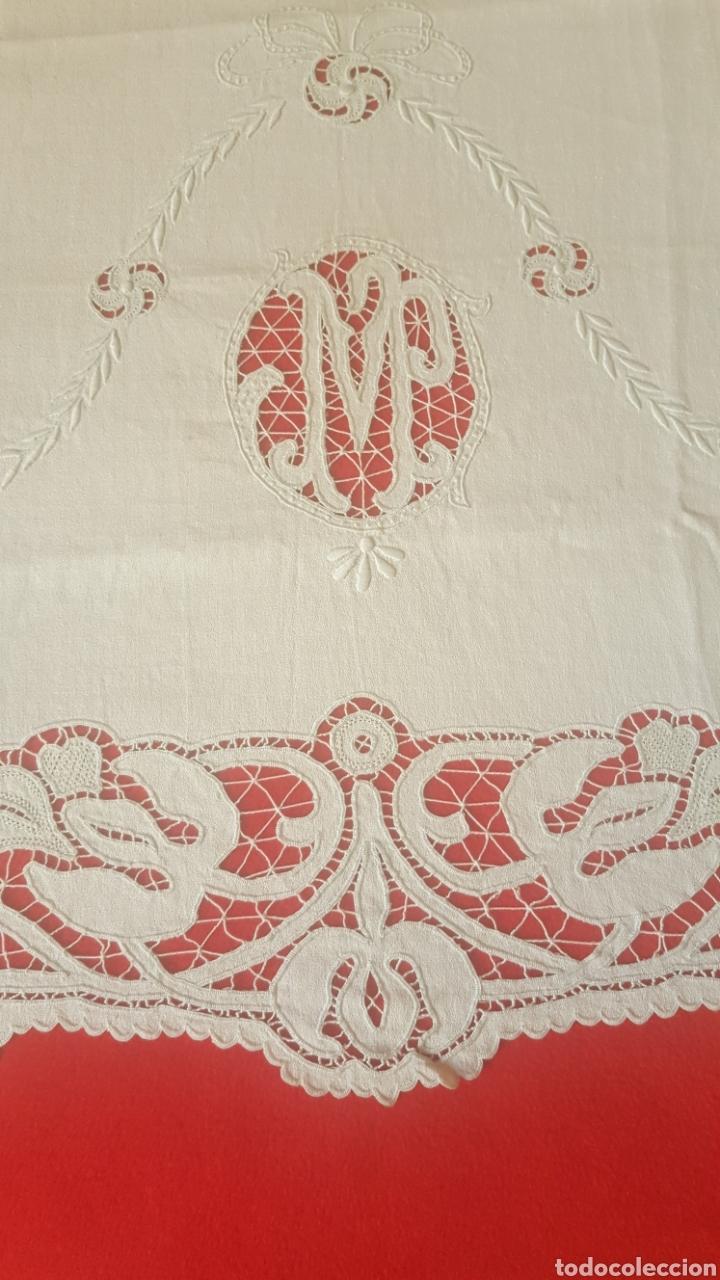 Antigüedades: toalla hilo bordada siglo XIX - Foto 2 - 113411991