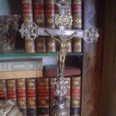 Antigüedades: PRECIOSA CRUZ DE PROCESION XVIII CRISTO Y VIRGEN. Lote 113415603