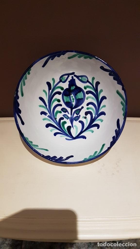 BOL DE CERÁMICA GRANADINA FAJALAUZA, 22,5 CM. DIAMETRO Y 10 CM. DE ALTURA. (Antigüedades - Porcelanas y Cerámicas - Fajalauza)