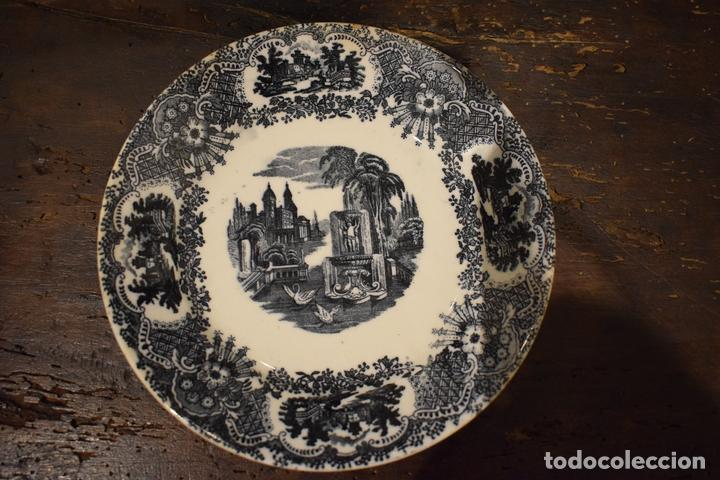 PLATO POSTRE CARTUJA (Antigüedades - Porcelanas y Cerámicas - La Cartuja Pickman)