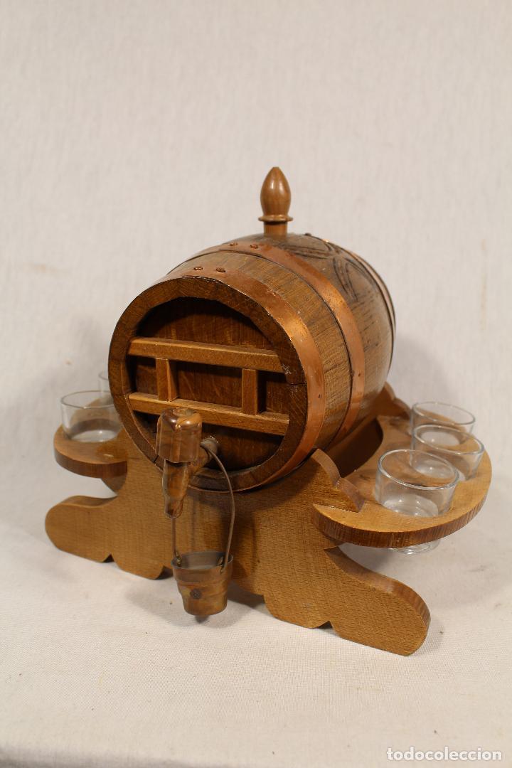 BARRIL TONEL PEQUEÑO EN MADERA DE ROBLE (Antigüedades - Técnicas - Rústicas - Utensilios del Hogar)