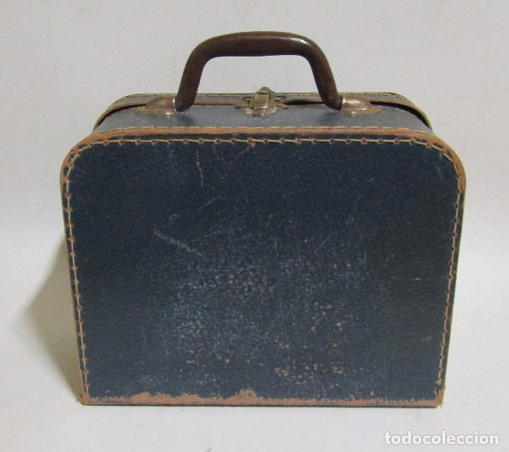 Antigüedades: PEQUEÑA MALETA DE MANO DE CARTON FORRADA 17 X 21,5 X 10 CMS APROX. VER IMAGENES - Foto 2 - 113533995