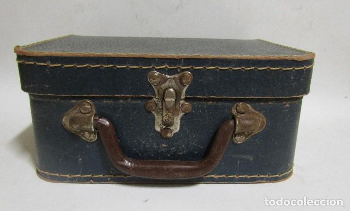 Antigüedades: PEQUEÑA MALETA DE MANO DE CARTON FORRADA 17 X 21,5 X 10 CMS APROX. VER IMAGENES - Foto 8 - 113533995