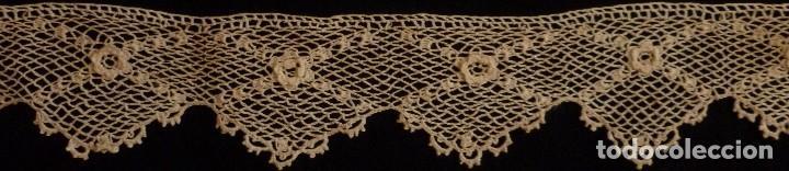 ANTIGUO ENCAJE GUIPUR DE IRLANDA . S. XIX (Antigüedades - Moda - Encajes)