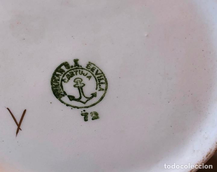 Antigüedades: JARRA DE AGUA DE PORCELANA DE LA CARTUJA PICKMAN DECORADA CON FLORES Y ORO CERAMICA SELLADA - Foto 2 - 113611799