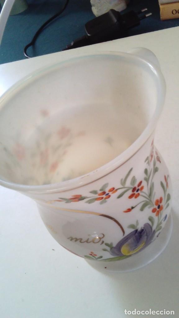 Antigüedades: Jarra o jarrita opalina de la Granja con inscripción Amor mio y con motivos florales - Foto 5 - 113669907