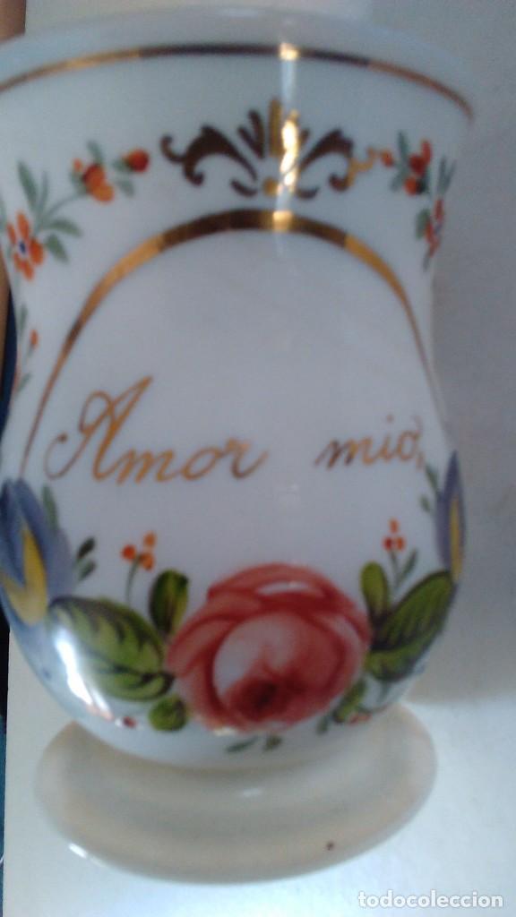 Antigüedades: Jarra o jarrita opalina de la Granja con inscripción Amor mio y con motivos florales - Foto 9 - 113669907