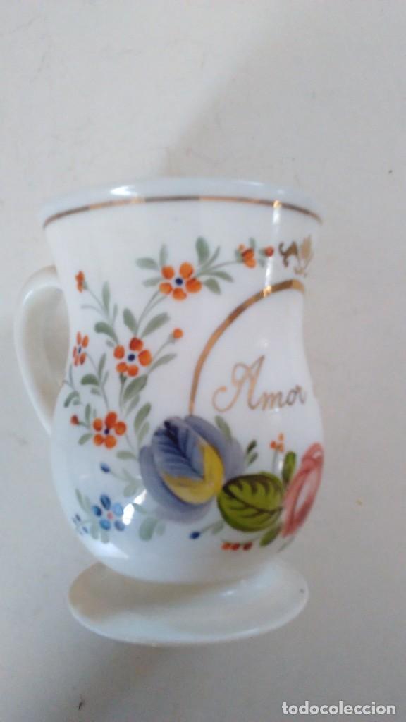 Antigüedades: Jarra o jarrita opalina de la Granja con inscripción Amor mio y con motivos florales - Foto 11 - 113669907