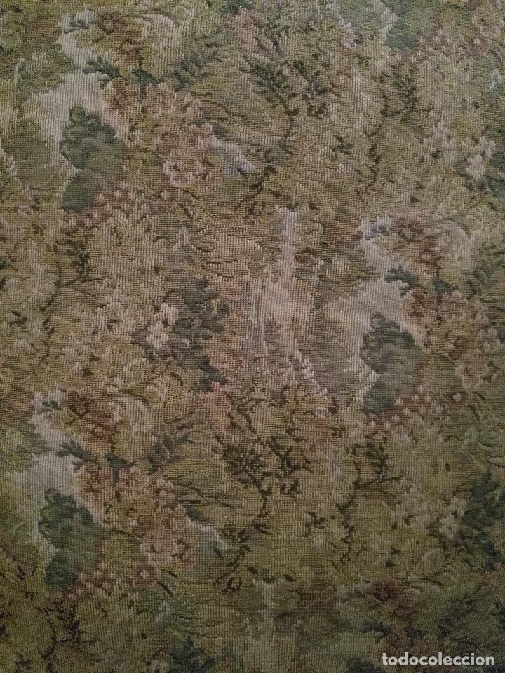 Antigüedades: antigua silla torneada madera y tapizada tela petit point o tapiz. a terminar de restaurar - Foto 2 - 113672907