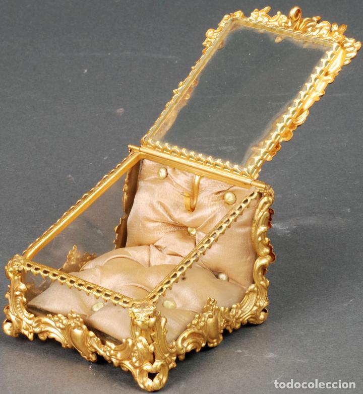Antigüedades: Joyero estilo Art Nouveau sello Depose París en latón dorado y cristal hacia 1920 - Foto 3 - 113677599