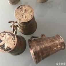 Antigüedades: PLATA COLONIAL FIRMADA R.B. Y REALIZADA A MANO , JUEGO DE 6 VASITOS . SPANISH COLONIAL SILVER. Lote 113681643