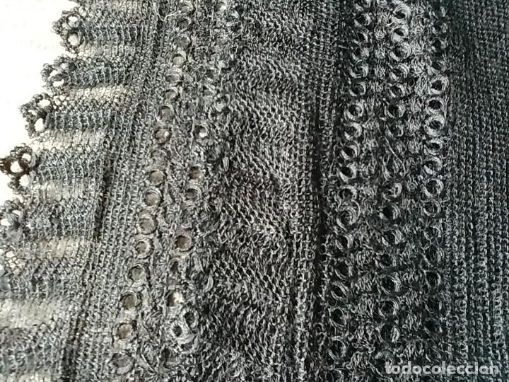 Antigüedades: Mantilla en seda natural. Hecha a mano. - Foto 4 - 113684235
