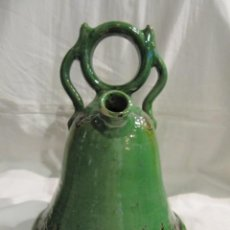 Antigüedades: BOTIJO DE UBEDA CON FORMA DE CAMPANA - 30 CM. - ALMARZA. Lote 113695503