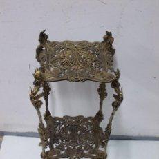 Antigüedades: MARAVILLOSA MESA MACETERO MODERNISTA ART NOUVEAU DE BRONCE PIEZA DE MUSEO-MESITA-VELADOR-PEANA-. Lote 113714363