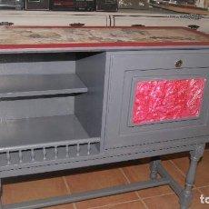 Antigüedades: ANTIGUO MUEBLE BAR RESTAURADO. Lote 113845427
