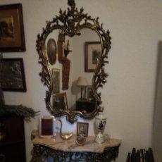 Antigüedades: JUEGO DE CONSOLA Y ESPEJO EN BRONCE ENVEJECIDO. Lote 110098423