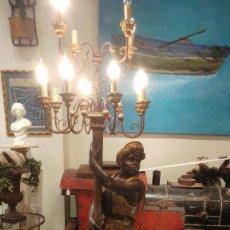 Antigüedades: GRAN LAMPARA DE PIE EN MADERA TALLADA . Lote 113938559