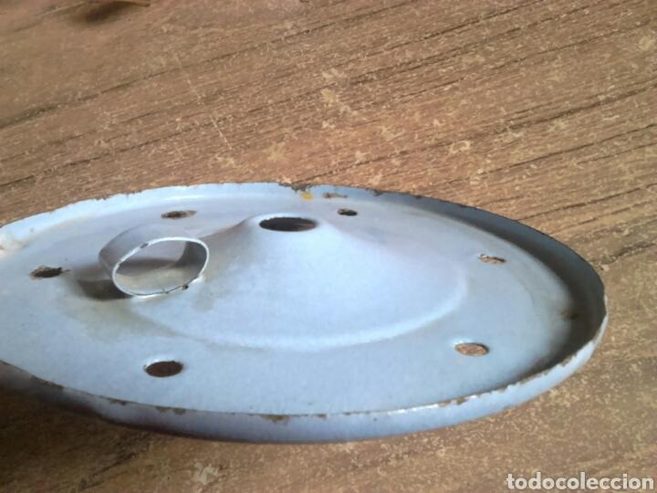 Antigüedades: Vieja tapa metalica y porcelana, medida 195 cm,ver fotos - Foto 3 - 113940930