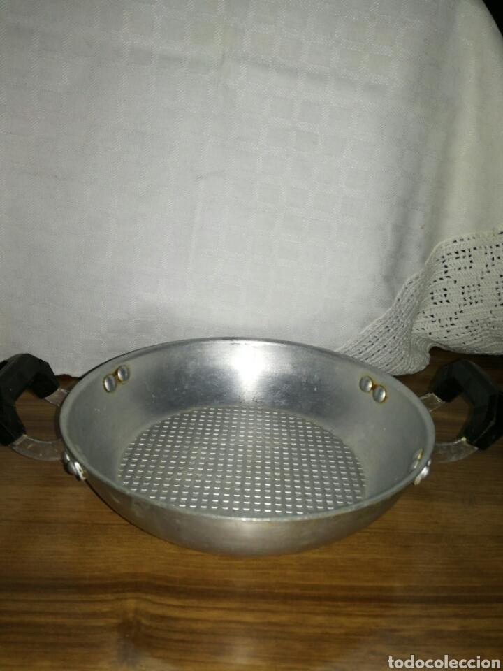 Antigüedades: Pequeña cazuela aluminio MMM - Foto 2 - 113956884