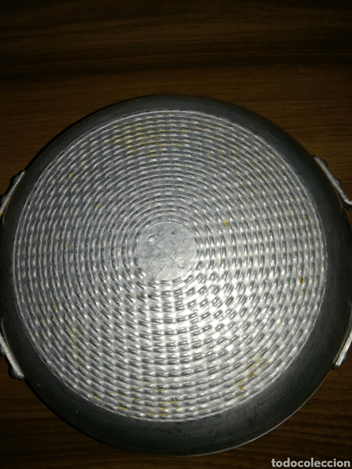 Antigüedades: Pequeña cazuela aluminio MMM - Foto 3 - 113956884