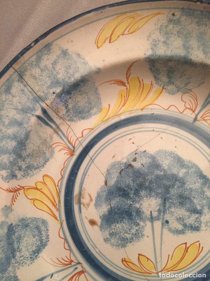 Antigüedades: Plato de cerámica Manises o Talavera siglo XIX - Foto 2 - 114045740