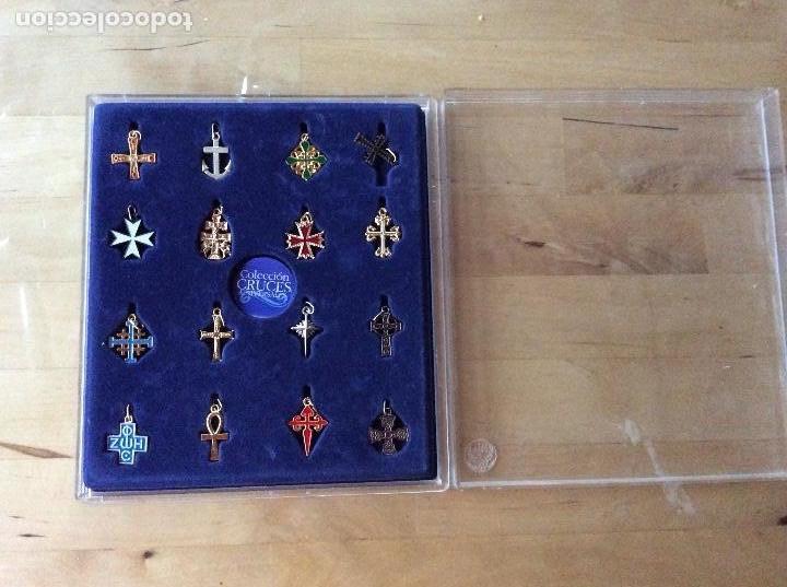 COLECCIÓN CRUCES UNIVERSALES (Antigüedades - Religiosas - Cruces Antiguas)