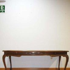 Antigüedades: ANTIGUA MESA ESCRITORIO DE MADERA TALLADA. Lote 114102039